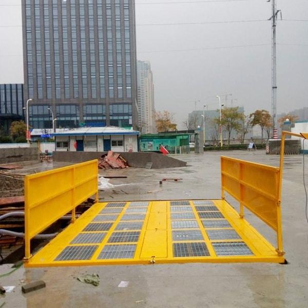 建筑平台洗车机青岛十三局现场